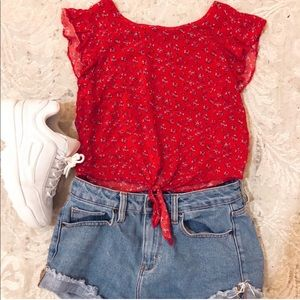 🎒RED FLORAL TOP 🎒